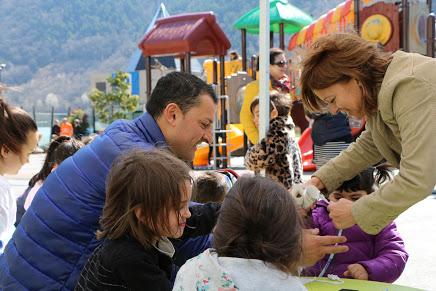 Eleccions 7-A: L'A dotarà de més beneficis el carnet de família nombrosa