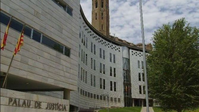 Condemnat a 11 anys de presó un veí de la Seu per maltractar i violar la seva dona
