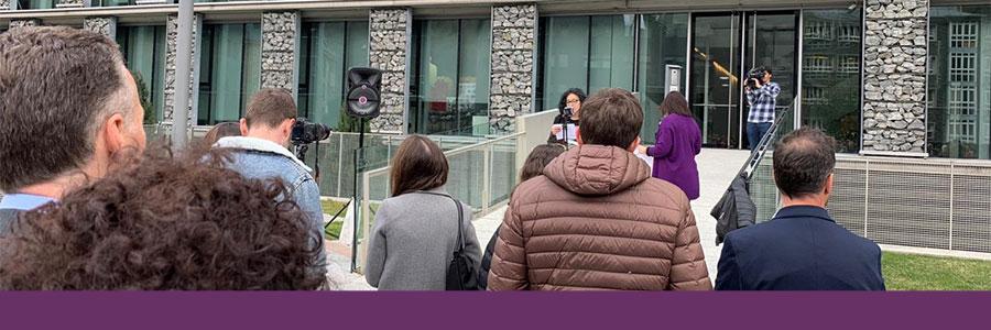 Un centenar de persones participen en la concentració d'Acció Feminista d'Andorra