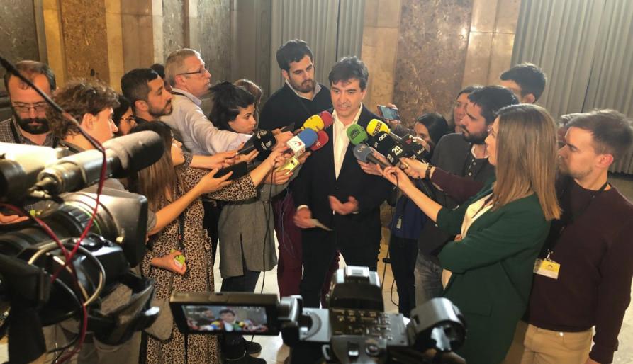 ERC condiciona el seu suport a Iceta a l'aturada del judici