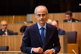 Andorra llança una emissió de deute de 368 milions que no sap si podrà pagar