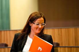 La fiscalia es querella contra l'exministra  Olga Gelabert dins de l''Operació Cautxú'