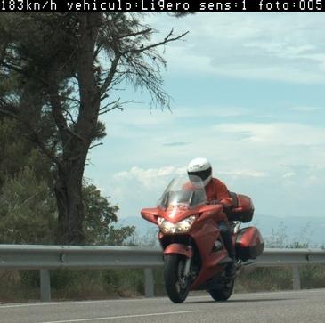 Un motorista de Ribera d'Urgellet denunciat penalment per circular a 183 km/h per la C-14