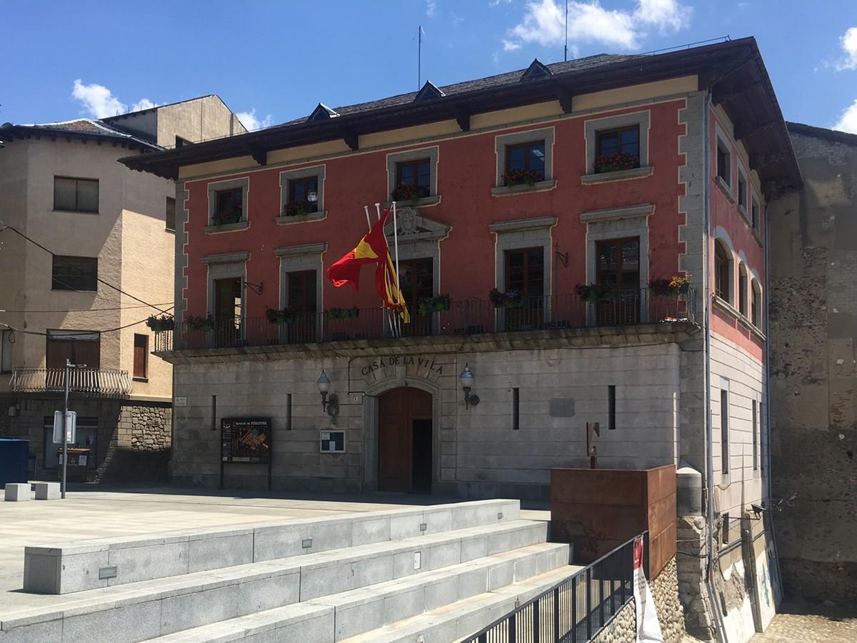 Puigcerdà 's'ajusta el cinturó' en el nou cartipàs municipal