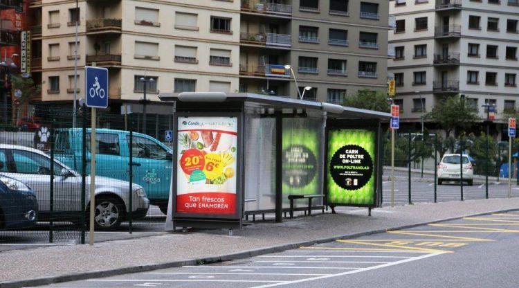 Queixes per la supressió de la parada de bus situada enfront de la Volvo de Sant Julià