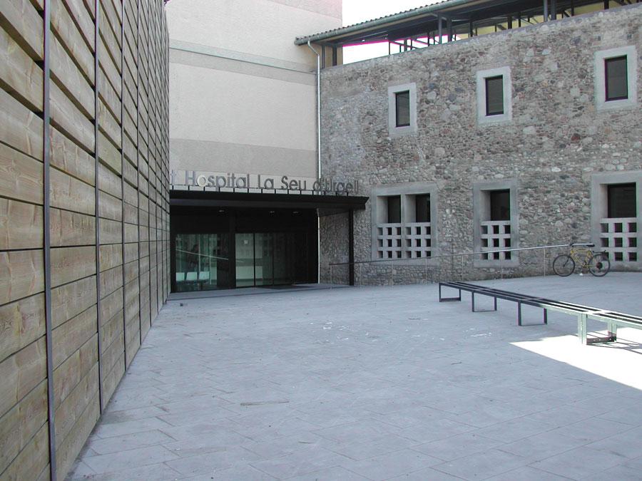Demanen a Espanya i Andorra més serveis sanitaris per als usuaris de l'hospital de la Seu