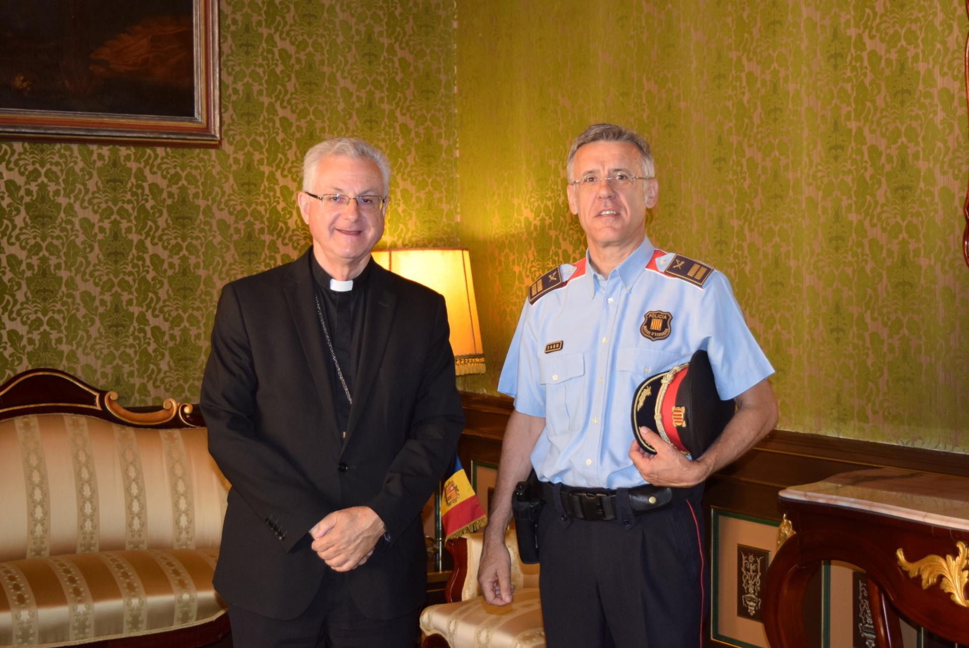 L'arquebisbe Vives insisteix a fer política i no respecta la separació entre l'Església i l'Estat