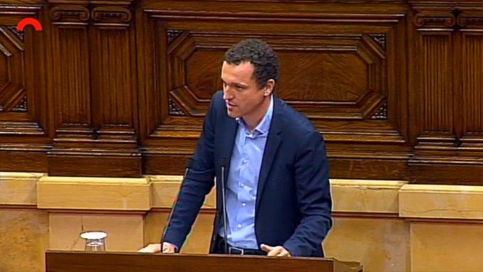 El Parlament suspèn a JuntsxCat i ERC per no lluitar pel despoblament de les zones rurals
