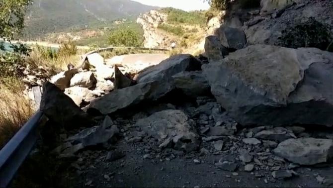 Reobren al trànsit l'accés al Congost de Mont-rebei afectat per una esllavissada