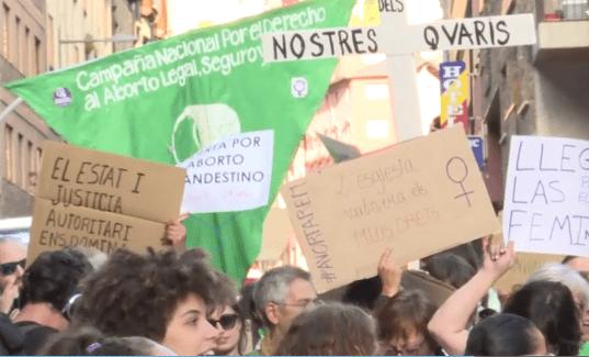 Més de 150 persones es manifesten a Andorra pel dret a l'avortament