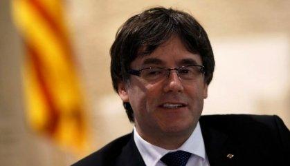 Puigdemont aposta pel diàleg, però ara afegeix la figura d'un mediador
