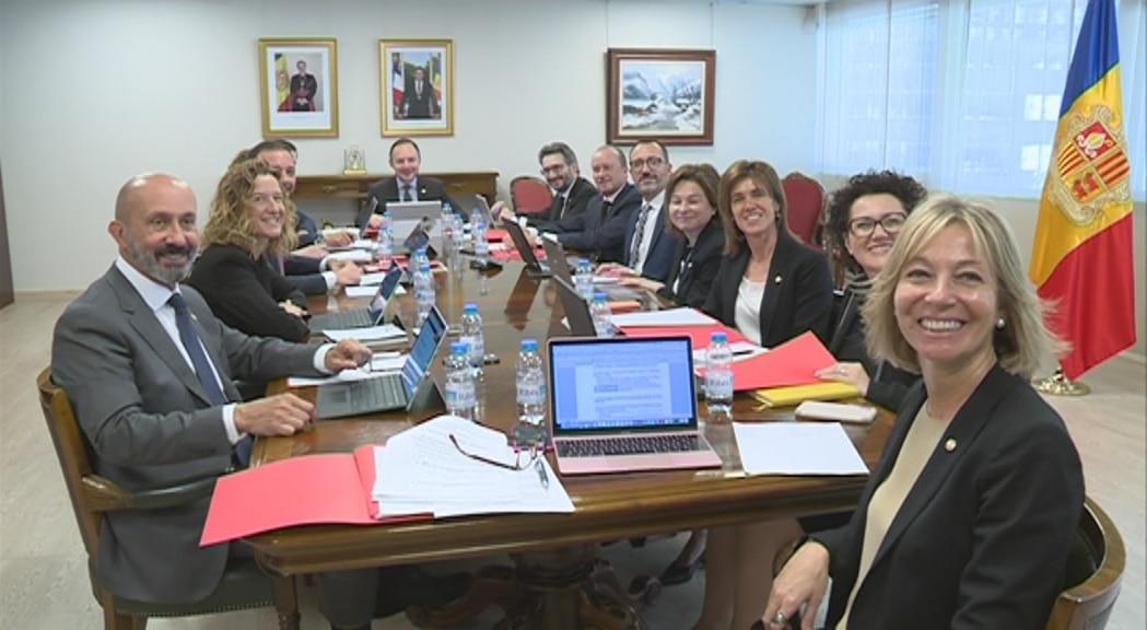 350.000 euros al mes per pagar sous d'alts càrrecs del govern d'Andorra