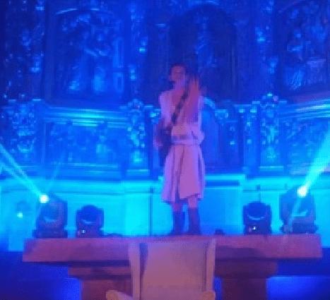 L'arquebisbe Vives permet profanar l'església de Llívia amb un provocador concert