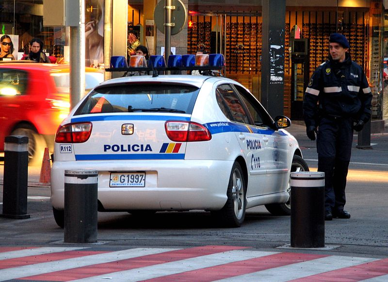 Detingut a Escaldes un jove de 18 anys per maltractar la seva mare