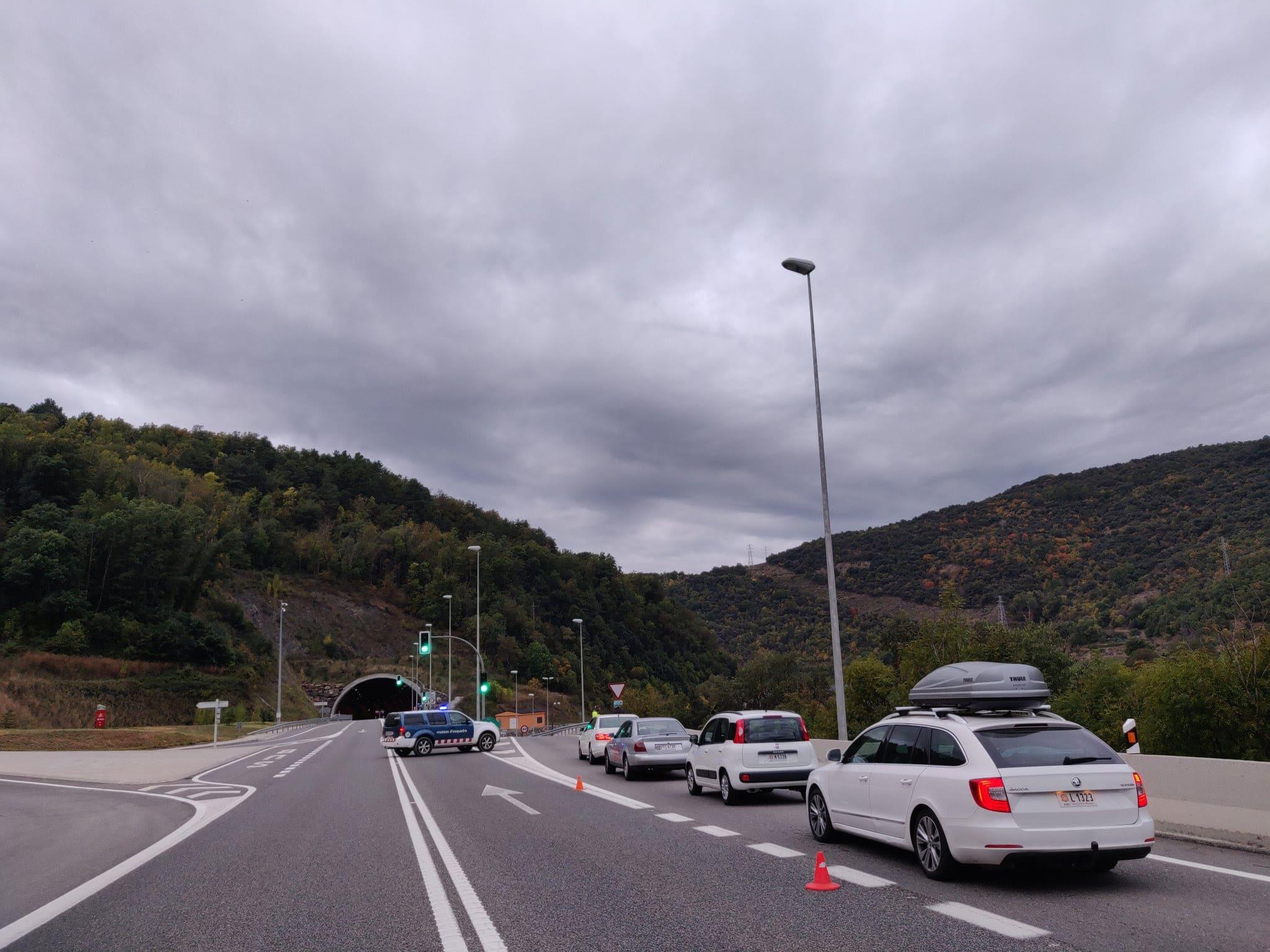 Trànsit: Habilitat pas alternatiu a Anserall pel tall de l'N-145 i tall a l'N-152 a Puigcerdà