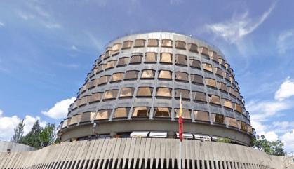 El TC suspèn resolucions del Parlament a favor de l'autodeterminació i contra el rei