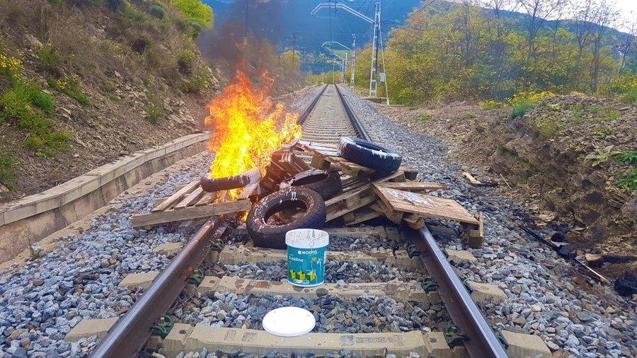 CCOO i UGT reclamen que s'aturin els sabotatges a vies ferroviàries