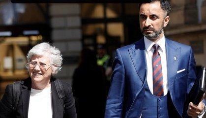 """El Regne Unit recula i ja no considera """"desproporcionada"""" l'euroordre contra Clara Ponsatí"""