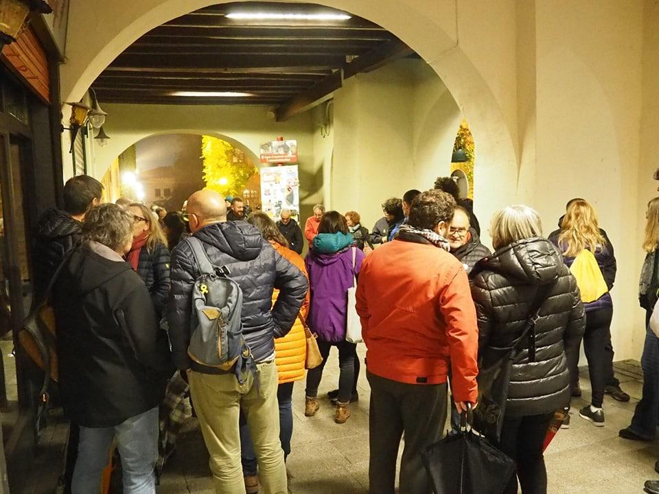 Una trentena de concentrats a la Seu contra la presència de Felip VI a Barcelona