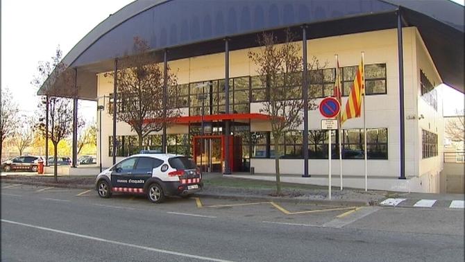 Tres detinguts per robar en una casa de la Seu d'Urgell