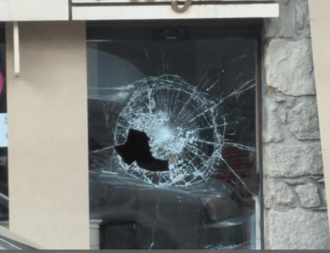 Detingut un home per provocar destrosses en comerços d'Encamp