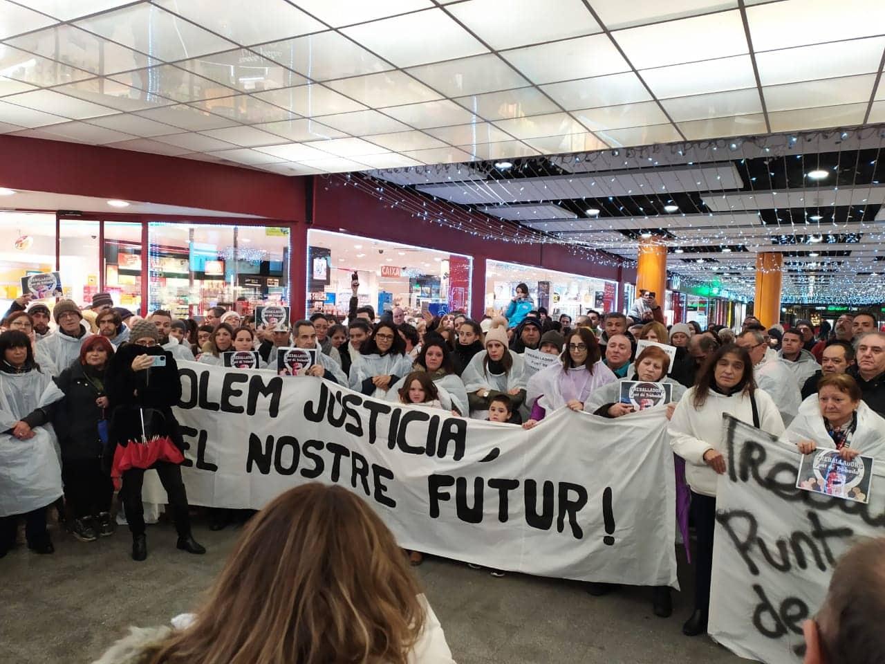 300 persones reclamen salaris dignes i lloguers a preus assequibles a Andorra