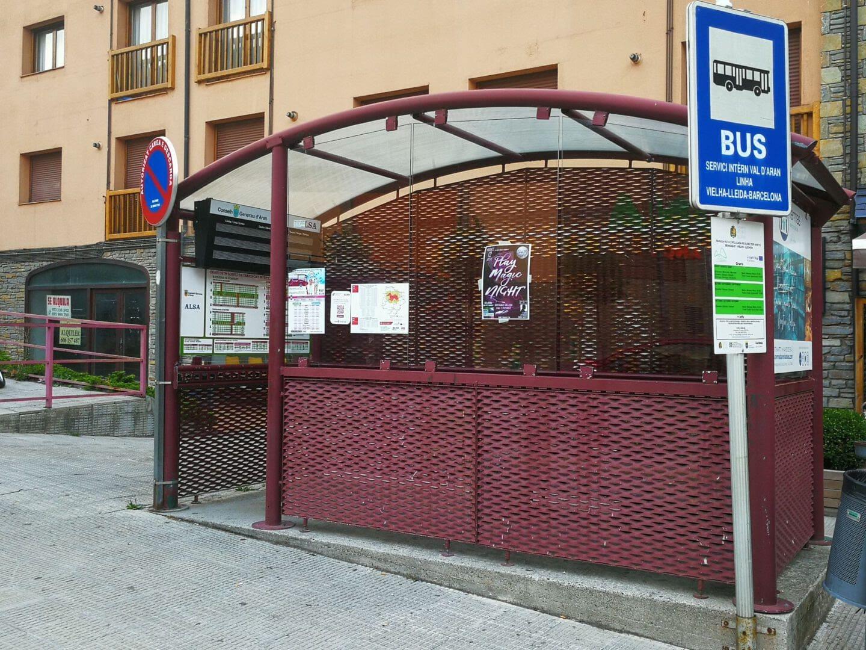 Troben un home mort a l'estació d'autobusos de Vielha