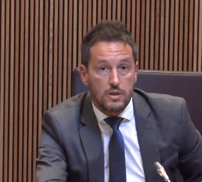 López planteja introduir el vot obligatori per combatre l'abstenció electoral