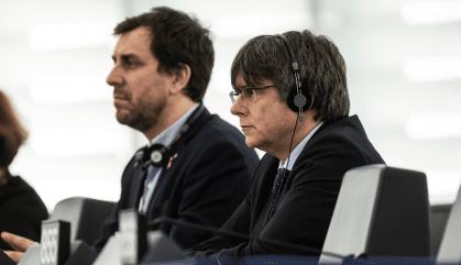 L'Eurocambra inicia el procediment que pot aixecar la immunitat de Puigdemont