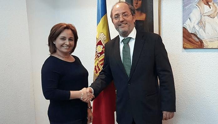Allau de denúncies contra la col·lega panamenya del fiscal Alfons Alberca