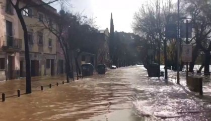 L'aigua del Ter inunda Girona pel temporal Gloria