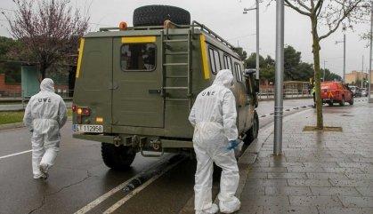 L'Exèrcit arriba a Catalunya per desinfectar l'aeroport del Prat i el port de Barcelona