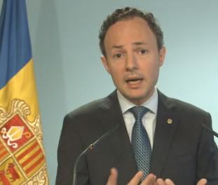 El neguit per la crisi econòmica centra bona part de les preguntes dels ciutadans a Xavier Espot