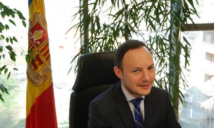 """Xavier Espot considera que Andorra """"no discrimina"""" als fronterers per no tenir dret a les prestacions d'atur"""