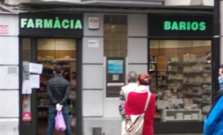 Cau el sistema informàtic i les farmàcies de la Seu i de l'Alt Urgell no dispensen les mascaretes de la Generalitat