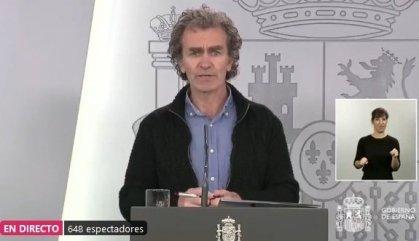 Simón rep amb cautela les noves xifres catalanes
