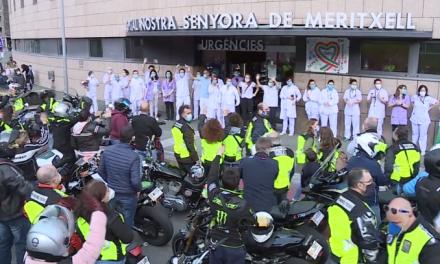 Agraïment massiu, en forma d'ovació, de la ciutadania andorrana envers els seus sanitaris