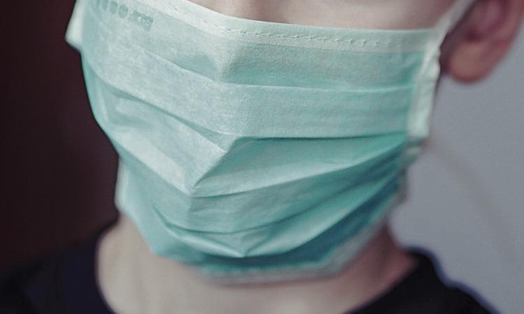 La mascareta serà obligatòria a partir de dijous per als majors de sis anys als espais públics de tot Espanya