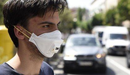 Les mascaretes en espais tancats i al carrer, obligatòries des de dijous