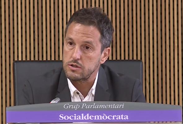 """El PS creu que les peticions d'ajut financer als països veïns mostren """"l'amateurisme"""" polític d'Espot i Jover"""""""