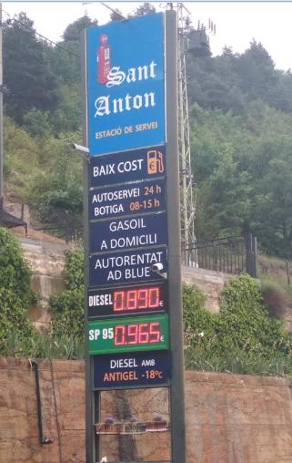 Deixa de ser una ganga omplir el dipòsit de benzina a Andorra