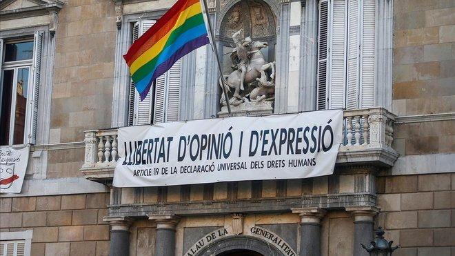 Guerra de banderes el dia de l'Orgull