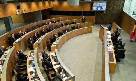 El Consell General destina 818.000 euros anuals per pagar salaris i sufragar els grups parlamentaris