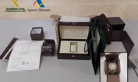 Decomissat a la duana de la Farga de Moles un rellotge valorat en 28.000 euros