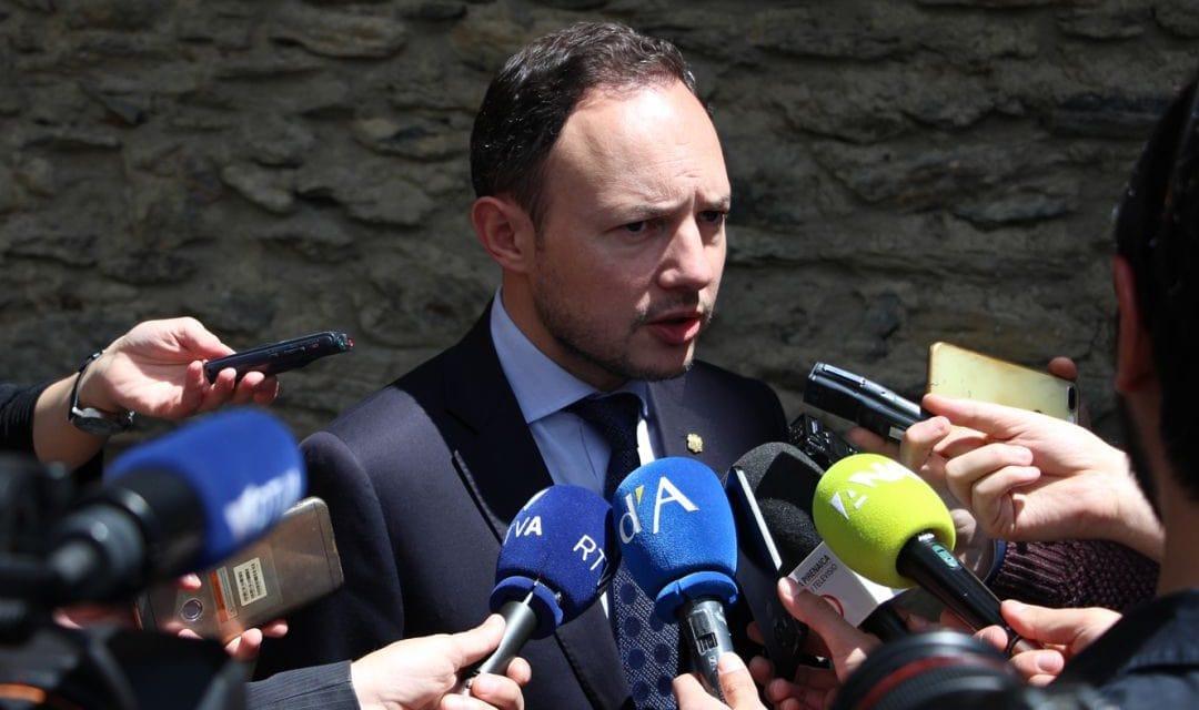 L'agència ANA rep 5.500 euros mensuals per fer les notes del Govern tot i tenir aquest gabinet de premsa