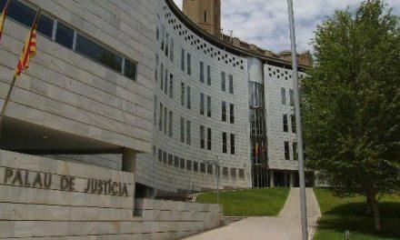 Condemnen a deu anys i mig de presó un jove acusat d'apunyalar cinc nois a la Seu d'Urgell