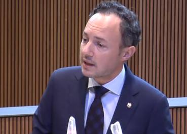 """Espot anuncia un parc tecnològic en un debat d'orientació que López qualifica de """"decebedor"""""""
