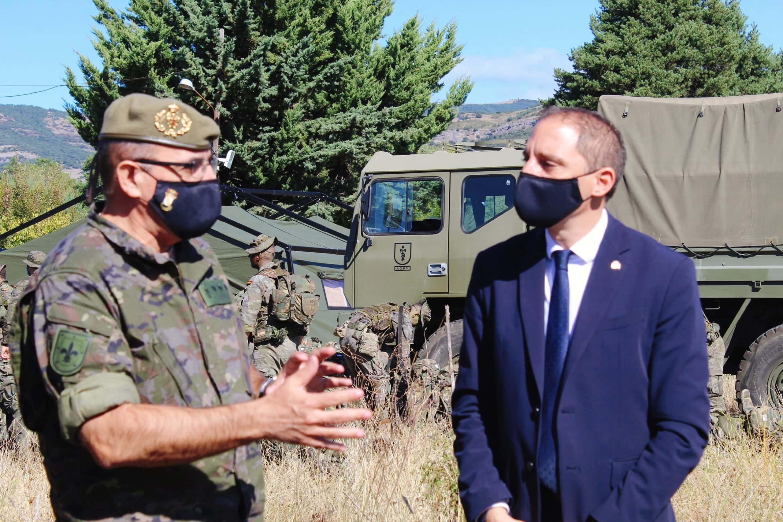 El subdelegat del Govern a Lleida visita l'Acadèmia de Talarn coincidint amb l'inici de curs