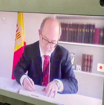 """Alfons Alberca signa un conveni amb la fiscal general del Paraguai, acusada de formar part de la """"màfia"""""""