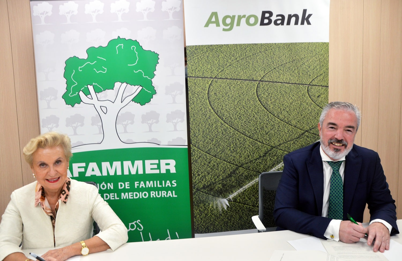 CaixaBank signa un acord amb AFAMMER per impulsar l'activitat agrària a Espanya